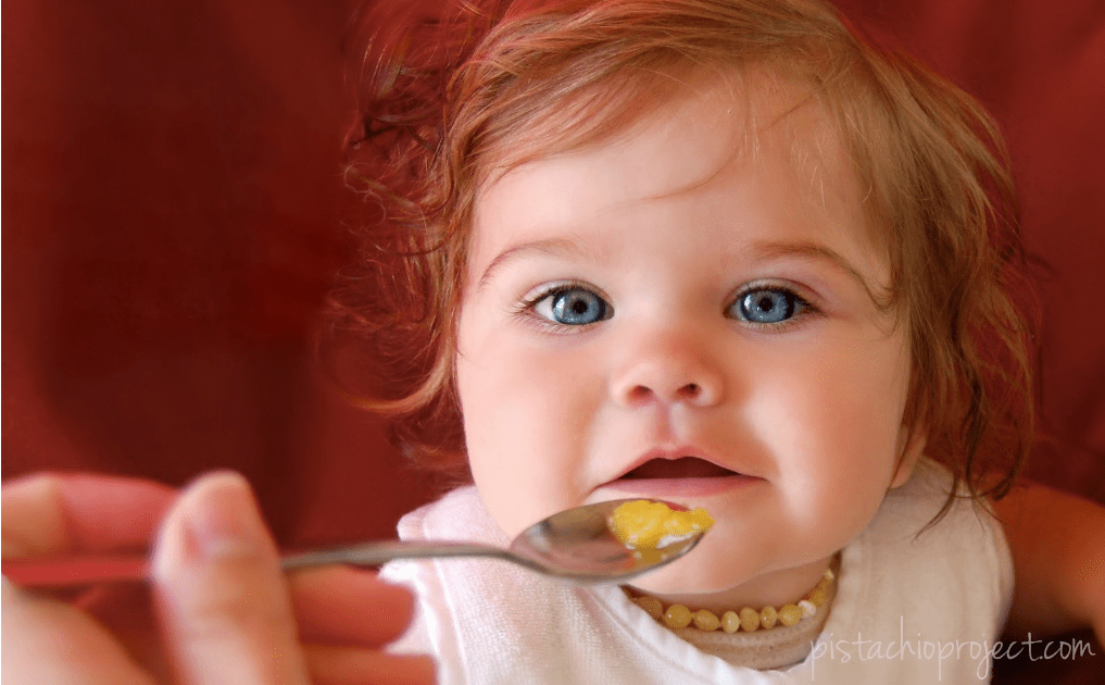 Recognizing and Avoiding Food Allergies When Starting Solids