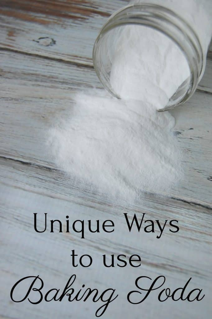 Baking soda is a wonderful thing. It's used by many as a natural, non-toxic cleaner. However, baking soda can be used for so much more! Here are 25 unique ways to use baking soda! #bakingsoda #naturalcleaning #naturalremedies #naturalskincare