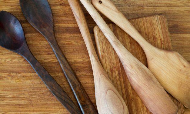 10 Easy Ways to Go Natural in the Kitchen