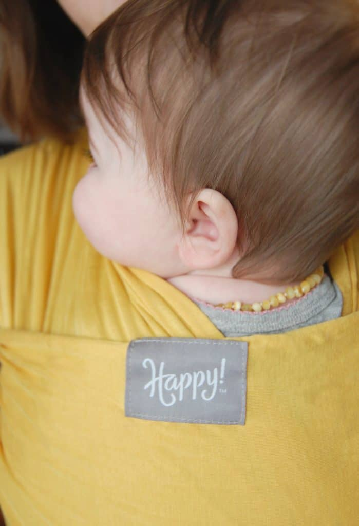 Stretchy wrapsare one of the most common carrier types and the one that all too often get used improperly. Let's take a look at how to use a stretchy wrap safely. #babywearing #stretchywrap #naturalparenting