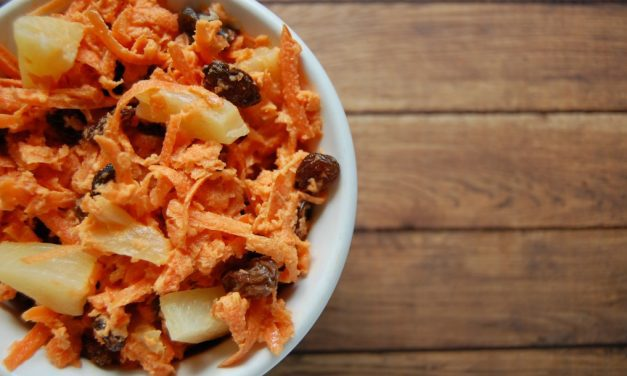 Carrot Raisin Salad with Ginger